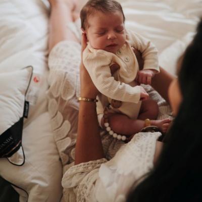 Η αγκαλιά, όταν κλαίει το μωρό μου, θα το