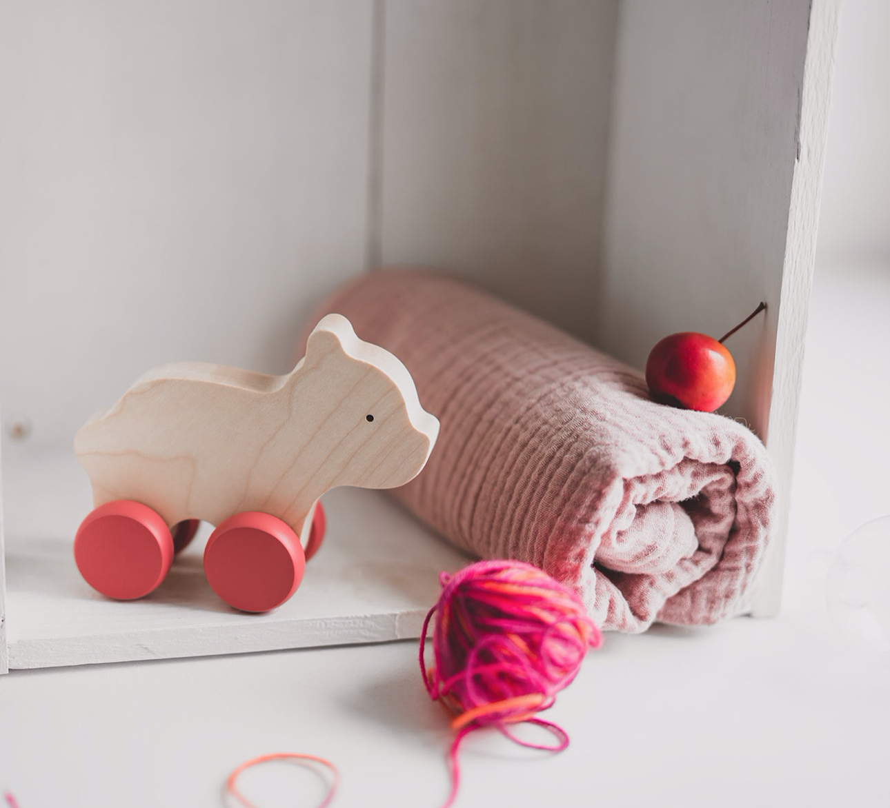 Swaddle Gift Set With Wooden Bear Toy